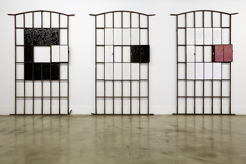 20140824_Surface%20and%20beyond_Glazed%20ceramic%20and%20steel%20frame_Each%20127x202x4_2014.jpg