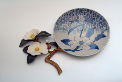 010_camellia_plate.png